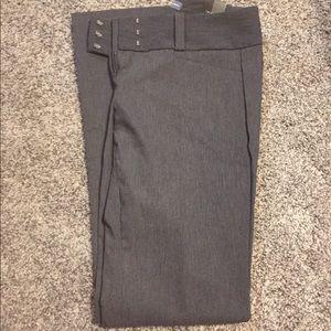 BNWT - limited exact stretch dress pants